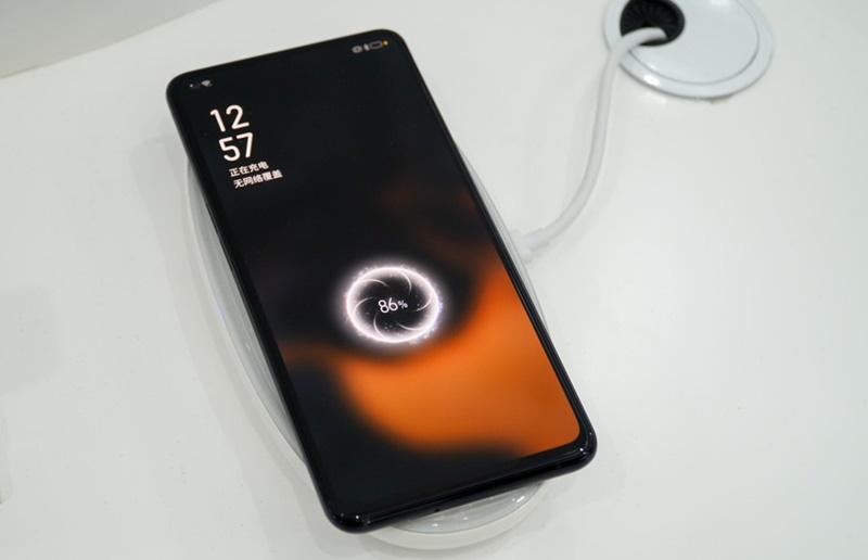 oppo-vuot-mat-Samsung-iPhone-4