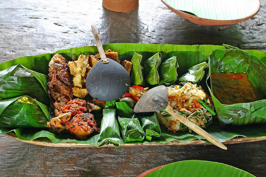 Ăn bốc và 6 phong cách ẩm thực độc đáo tại Indonesia - Ảnh 7.