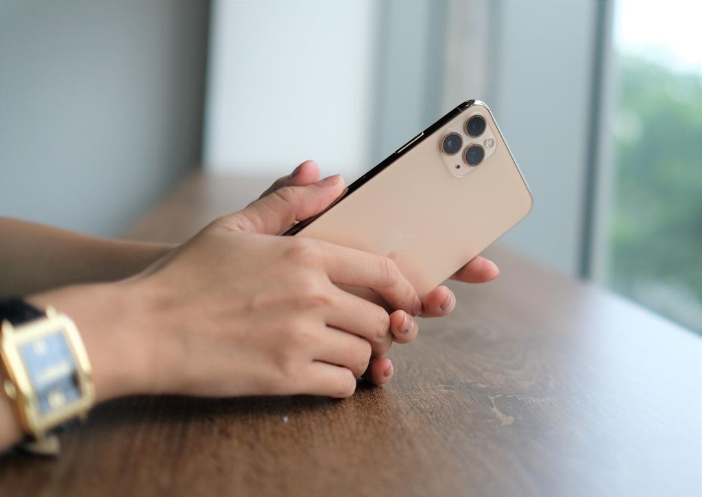 Thị phần smartphone Samsung tại VN xuống thấp nhất trong năm - Ảnh 3.
