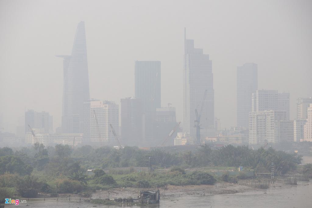 TP HCM trong ngày không khí chạm ngưỡng nguy hại - Ảnh 5.