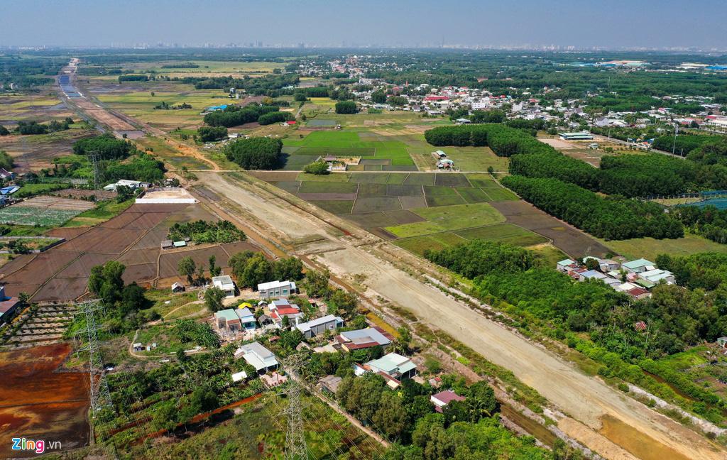 Cao tốc Bến Lức - Long Thành dở dang sau 5 năm thi công - Ảnh 13.