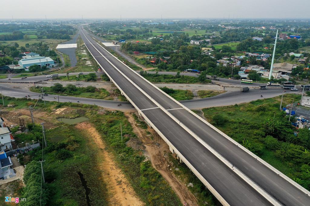 Cao tốc Bến Lức - Long Thành dở dang sau 5 năm thi công - Ảnh 5.