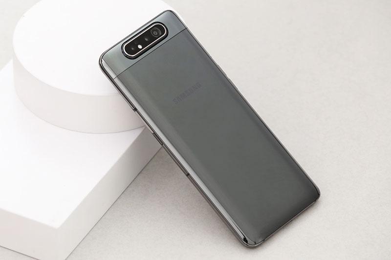 Dien-thoai-giam-gia-tuan-nay-iPhone-giam-nhe-trong-khi-Samsung-lai-nhieu-uu-dai 2