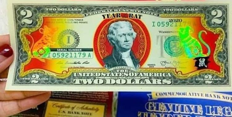 Vài trăm nghìn một tờ 2 USD in hình chuột mạ vàng - Ảnh 1.