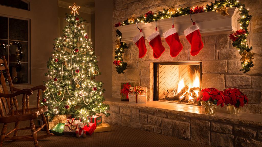 Giấu chổi và những phong tục đón Giáng sinh kì lạ - Ảnh 3.