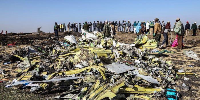 CEO Boeing Dennis Muilenburg đã bị sa thải sau cuộc khủng hoảng 737 Max - Ảnh 2.
