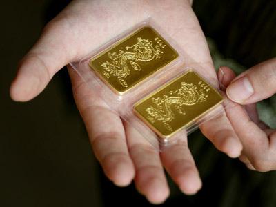 Giá vàng hôm nay 24/12: Nhích nhẹ, giá vàng lạc quan hơn  - Ảnh 1.