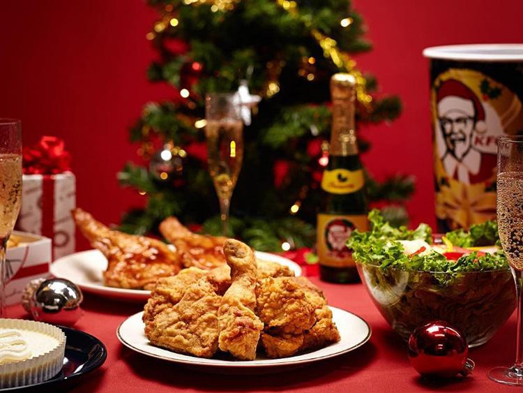 Vì sao người Nhật ăn gà rán KFC vào Giáng sinh? - Ảnh 1.
