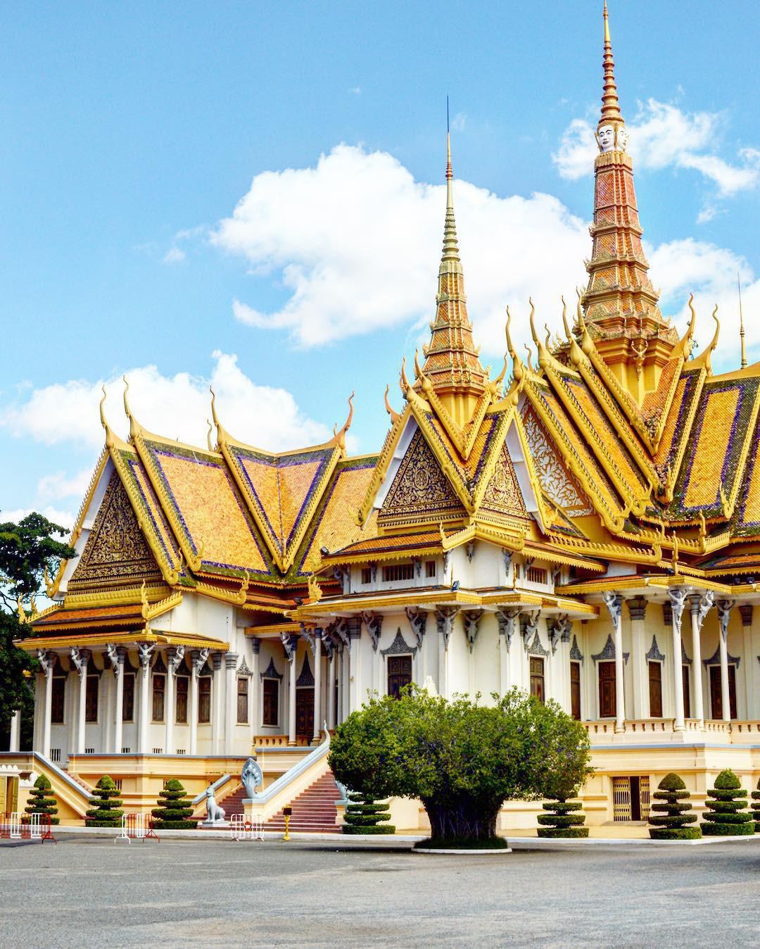 Thông tin về địa chỉ, giờ làm việc của Tổng Lãnh sự quán và Đại sứ quán Campuchia tại Việt Nam - Ảnh 2.