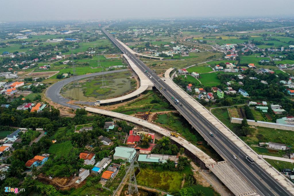 Tiến độ cao tốc Bến Lức - Long Thành chậm gần 12% - Ảnh 1.