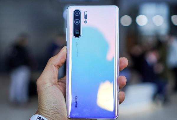 Huawei giảm giá P30 Pro, dọn đường cho điện thoại 5G đầu tiên vào năm 2020. - Ảnh 1.
