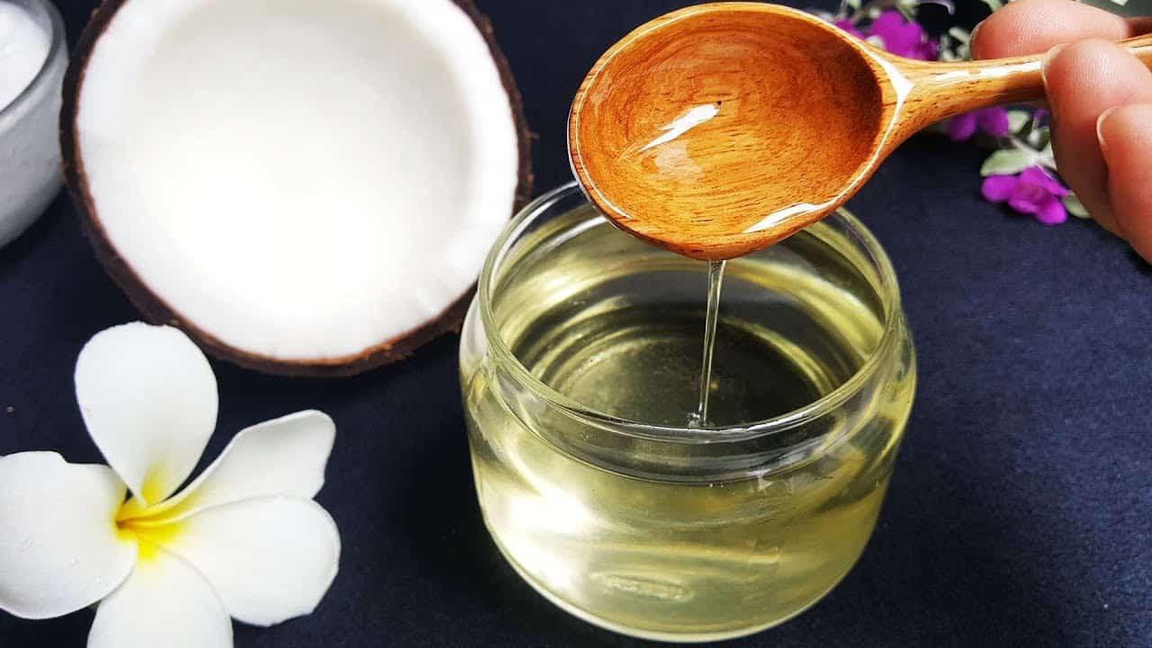 Mách nước bộ 'bí kíp' Tóc Haco hỗ trợ ngăn ngừa rụng tóc, bạc tóc - Ảnh 2.