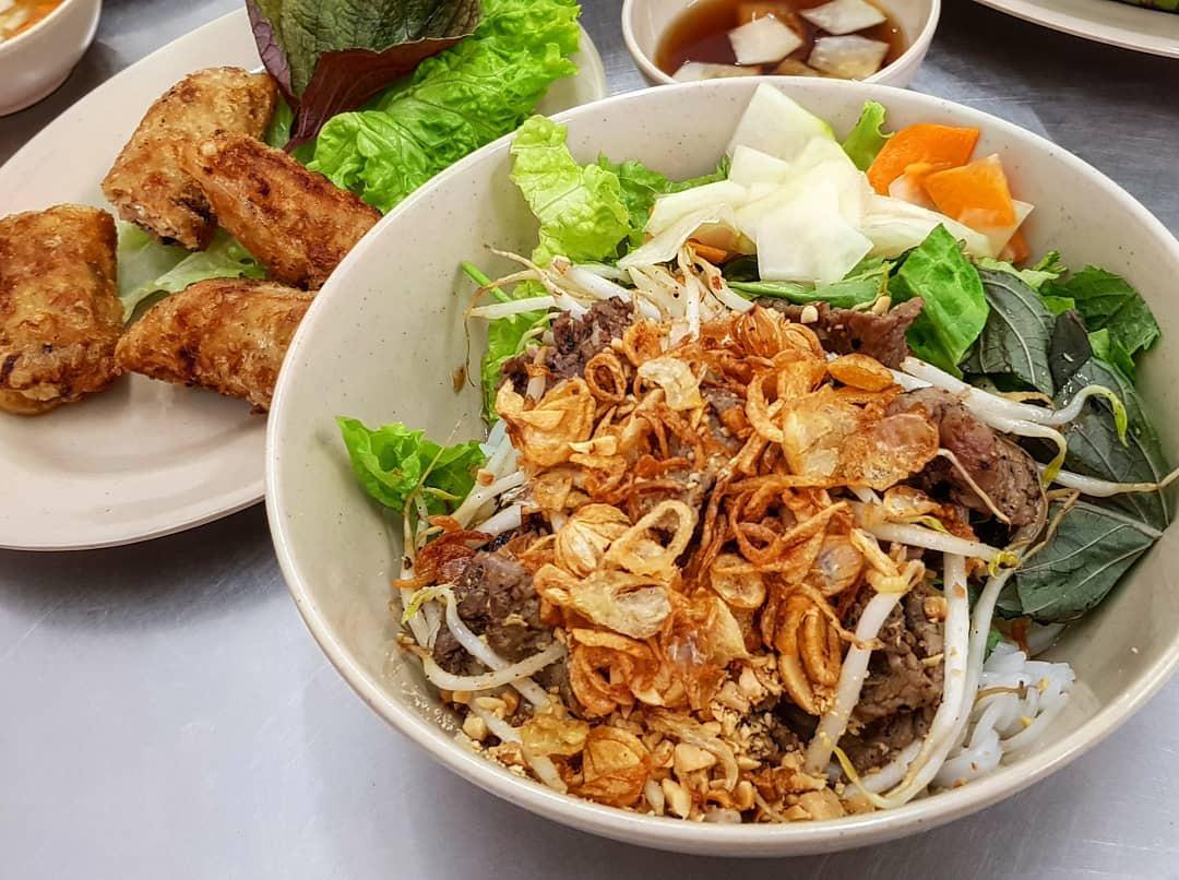 Những món ăn Việt Nam được báo nước ngoài ca ngợi năm 2019 - Ảnh 3.