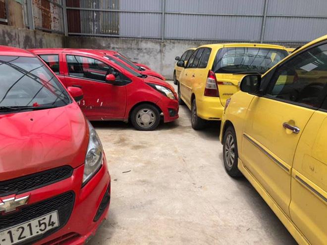 Có nên mua xe taxi thanh lí với giá rẻ bèo? - Ảnh 5.