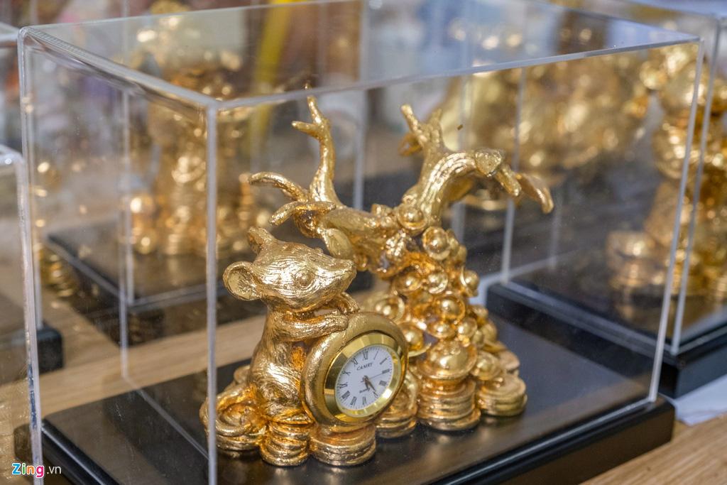 Chuột dát vàng thủ công tiền triệu đón Tết Canh Tí - Ảnh 10.