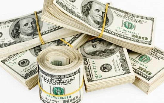 Giá USD hôm nay 1/2: Rớt giá thảm hại - Ảnh 1.