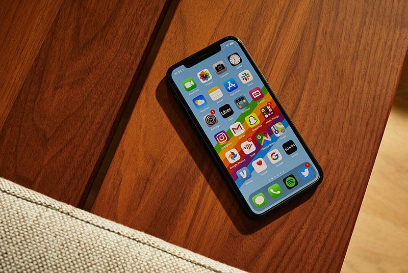 Điện thoại giảm giá tuần này: iPhone được giảm giá mạnh, Android cũng nhiều ưu đãi  - Ảnh 1.