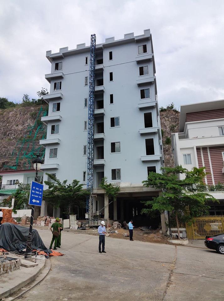Nha Trang: Báo cáo khẩn trương việc xử lí các công trình xây dựng sai phạm  - Ảnh 1.