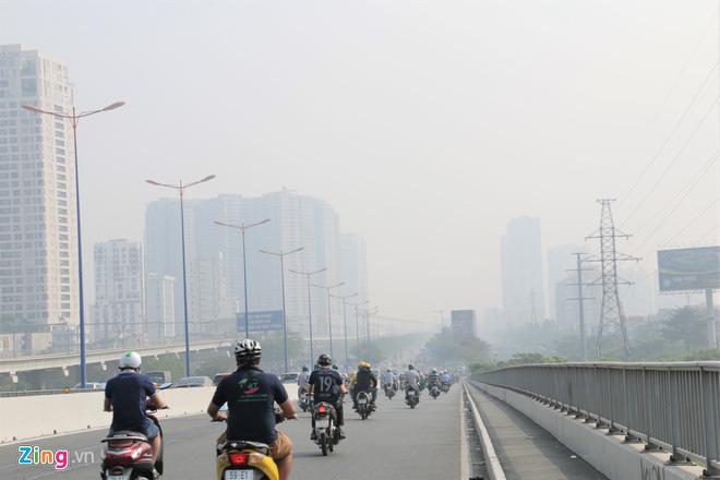 Ô nhiễm không khí ở TP HCM có thể kéo dài đến Tết Canh Tý 2020 - Ảnh 1.