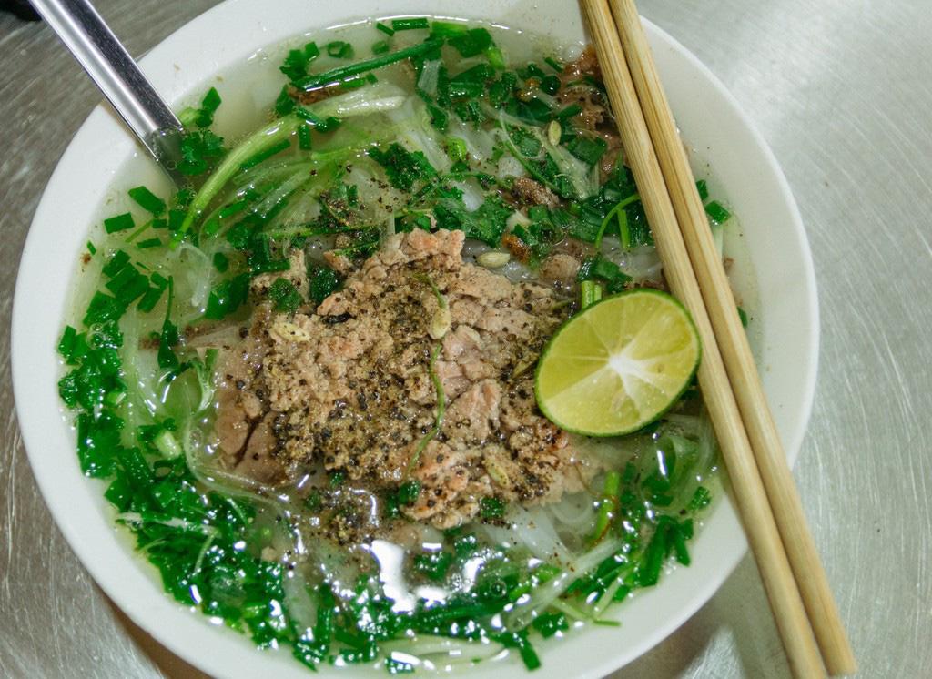 24 gio kham pha Ha Noi (2)