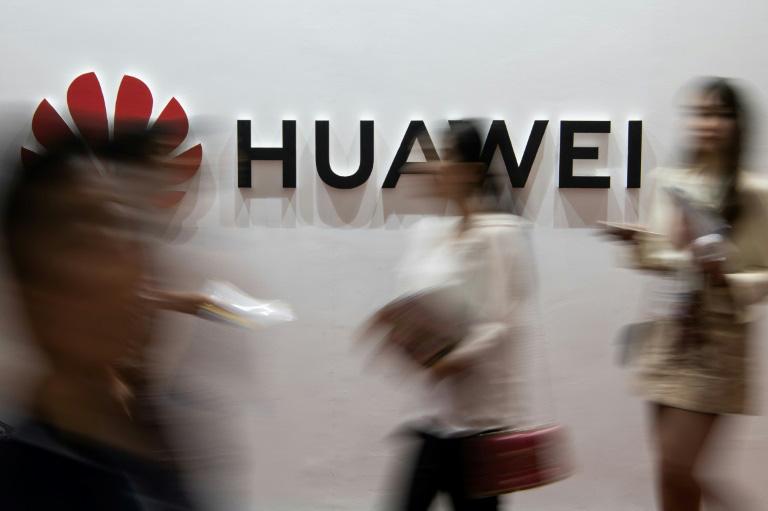 Huawei đâm đơn kiện lệnh cấm của Mỹ - Ảnh 1.