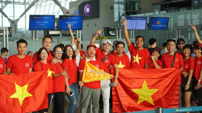Tour đi Philippines xem trận bán kết của U22 Việt Nam đang cháy vé - Ảnh 1.