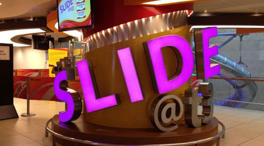 Singapore-Changi-Airport-the-slide