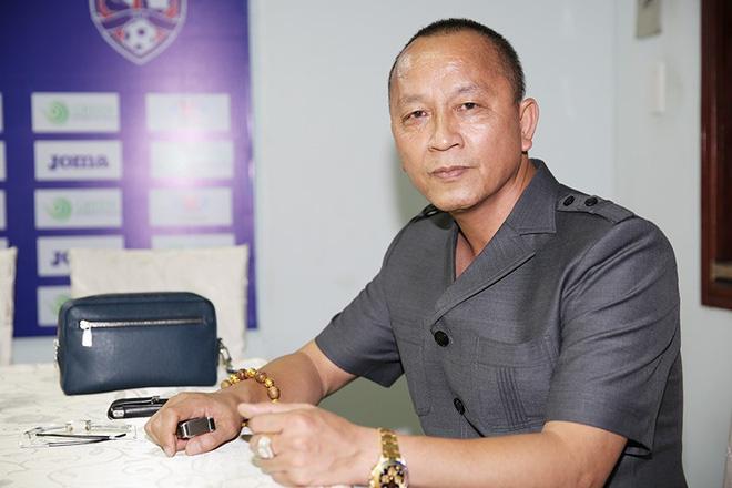 Trưởng đoàn bóng nữ Việt Nam hứa thưởng đội tuyển hàng tỉ đồng là ai? - Ảnh 1.