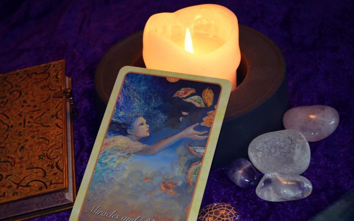 Tử vi hôm nay (13/3) qua lá bài Tarot: Cẩn thận mất đồ