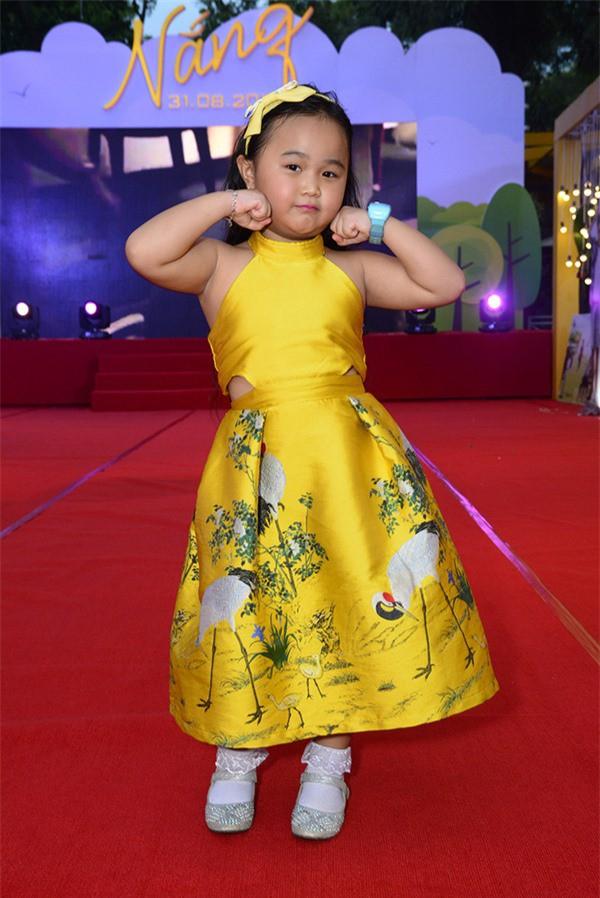 Ai cũng ước có con gái sau khi ngắm loạt sao nhí dễ thương của màn ảnh Việt - Ảnh 4.