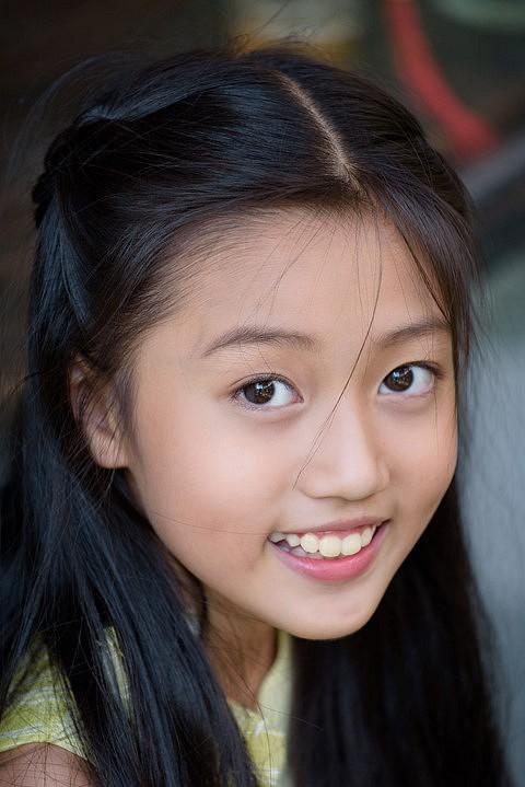 Ai cũng ước có con gái sau khi ngắm loạt sao nhí dễ thương của màn ảnh Việt - Ảnh 6.