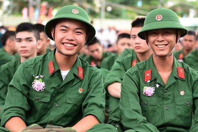 Tư vấn xét tuyển vào trường quân đội 2019: Thí sinh tham gia sơ tuyển phải làm gì? - Ảnh 1.