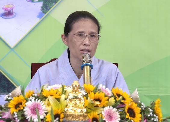 Bà Phạm Thị Yến gọi điện thoại xin lỗi mẹ nữ sinh giao gà tại Điện Biên - Ảnh 1.