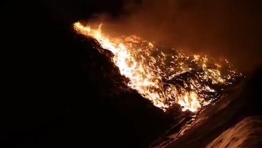 Vũng Tàu: Cháy lớn tại khu xử lý rác Tóc Tiên - Ảnh 3.
