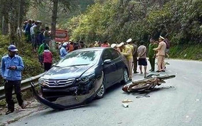 """Vụ đòi """"bồi thường"""" 400 triệu đồng sau tai nạn ở Lào Cai: """"Ép"""" tài xế đưa tiền có thể bị xử lý hình sự?"""