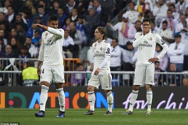 Những khoảnh khắc Real Madrid sụp đổ ở Bernabeu, trở thành cựu vương Champions League - Ảnh 18.