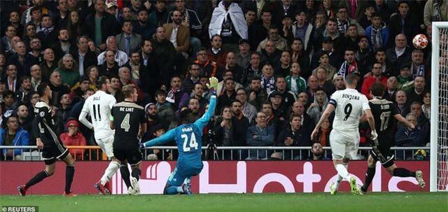 Những khoảnh khắc Real Madrid sụp đổ ở Bernabeu, trở thành cựu vương Champions League - Ảnh 21.