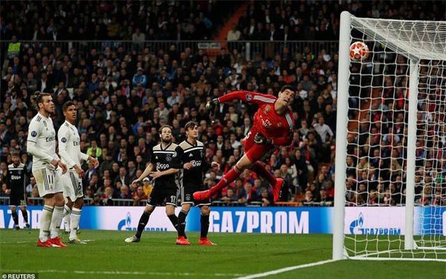 Những khoảnh khắc Real Madrid sụp đổ ở Bernabeu, trở thành cựu vương Champions League - Ảnh 7.