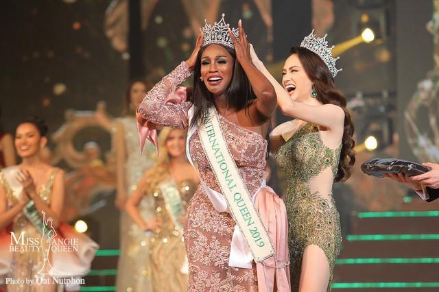Cộng đồng mạng nói gì về chiến thắng của Tân Hoa hậu chuyển giới 2019 về clip phản cảm và nhan sắc? - Ảnh 1.