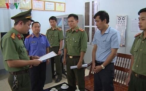 3 Phó Chủ tịch huyện, thành phố Sơn La có con được nâng điểm - Ảnh 1.