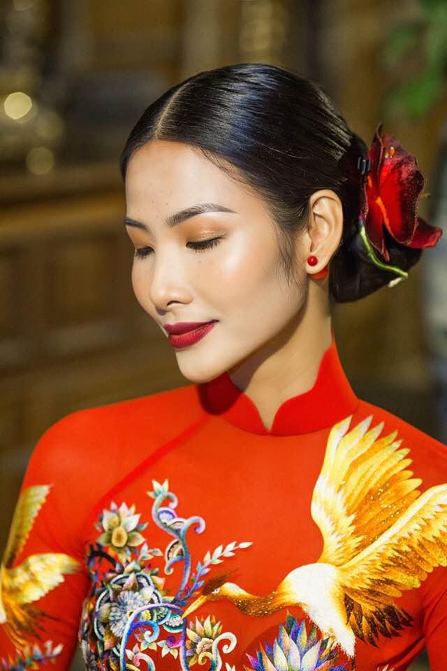 Chọn kiểu tóc phù hợp, tôn lên vẻ đẹp cho Á hậu Hoàng Thùy  - Ảnh 14.