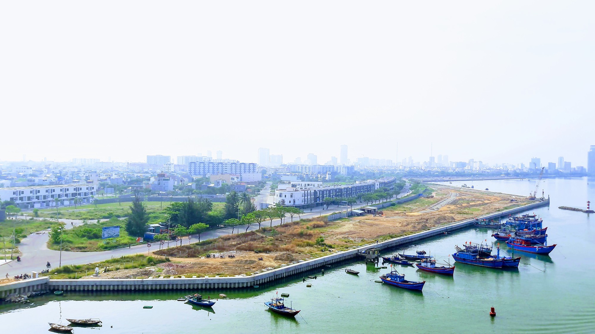 Sông Hàn bị đổ đất làm dự án, Sở Xây dựng Đà Nẵng nói gì? - Ảnh 3.
