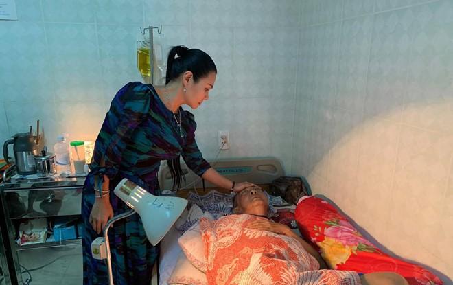 Gia đình nghệ sĩ Lê Bình phủ nhận thông tin nam diễn viên hôn mê, trong tình trạng nguy kịch - Ảnh 1.