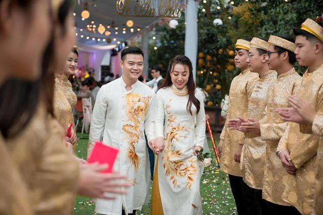 Đám cưới tiền tỉ, mời anh Bo Đan Trường về biểu diễn ở Hưng Yên - Ảnh 1.