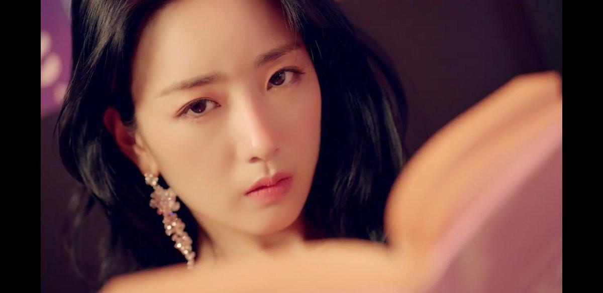 Sao nữ Hàn gây chú ý nhờ đạt đỉnh cao nhan sắc qua những lần tái xuất thần thánh - Ảnh 12.