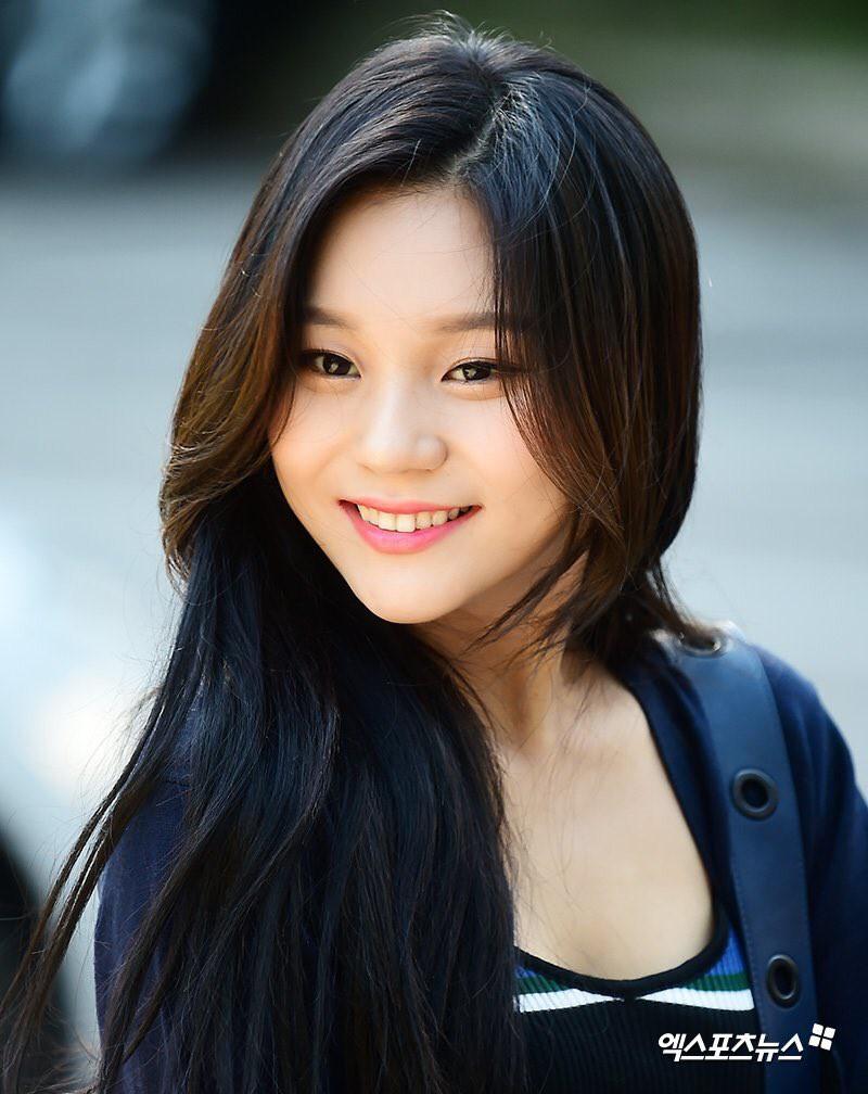 Sao nữ Hàn gây chú ý nhờ đạt đỉnh cao nhan sắc qua những lần tái xuất thần thánh - Ảnh 2.