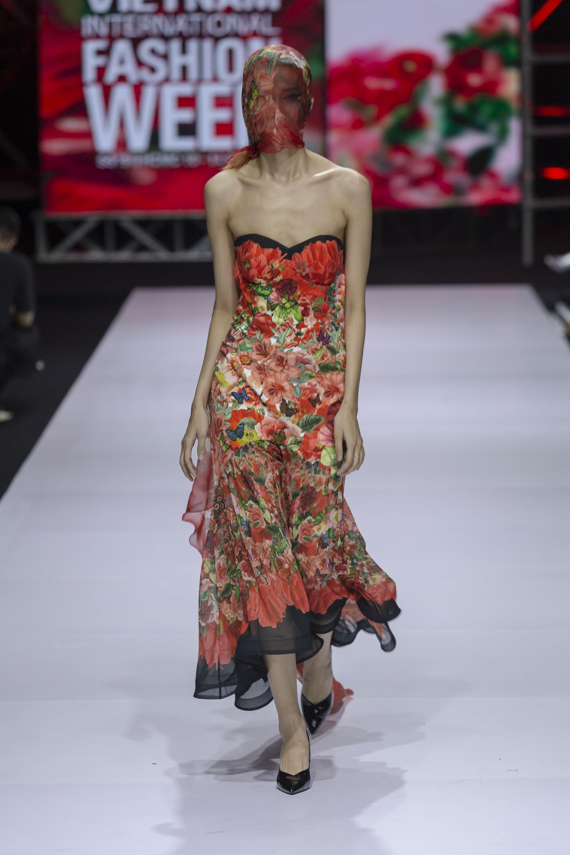 Những xu hướng thời trang nữ giới thống trị sàn diễn Tuần lễ thời trang Việt Nam 2019  - Ảnh 7.
