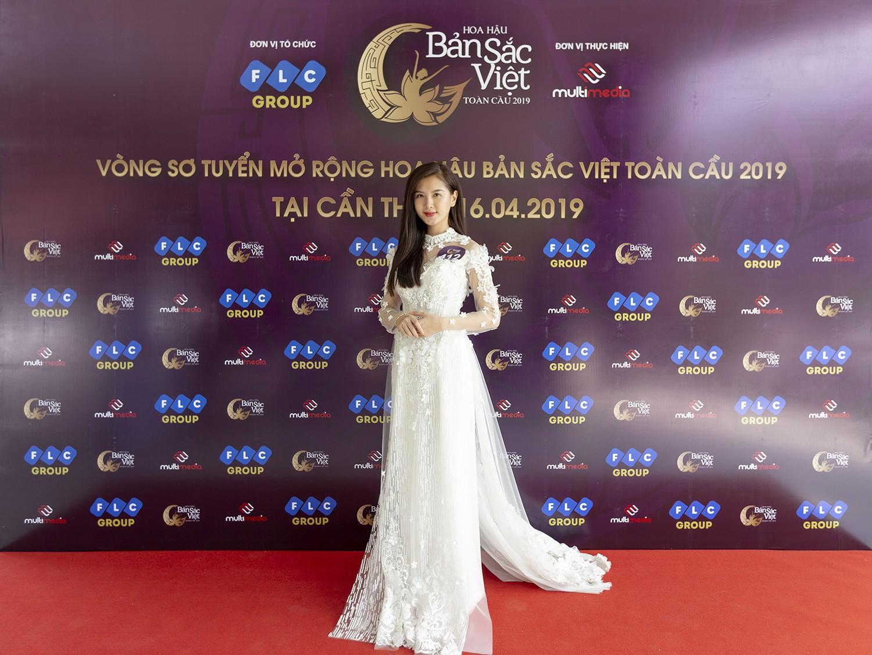 Mâu Thủy catwalk thị phạm cho thí sinh Hoa hậu bản sắc Việt toàn cầu 2019  - Ảnh 6.