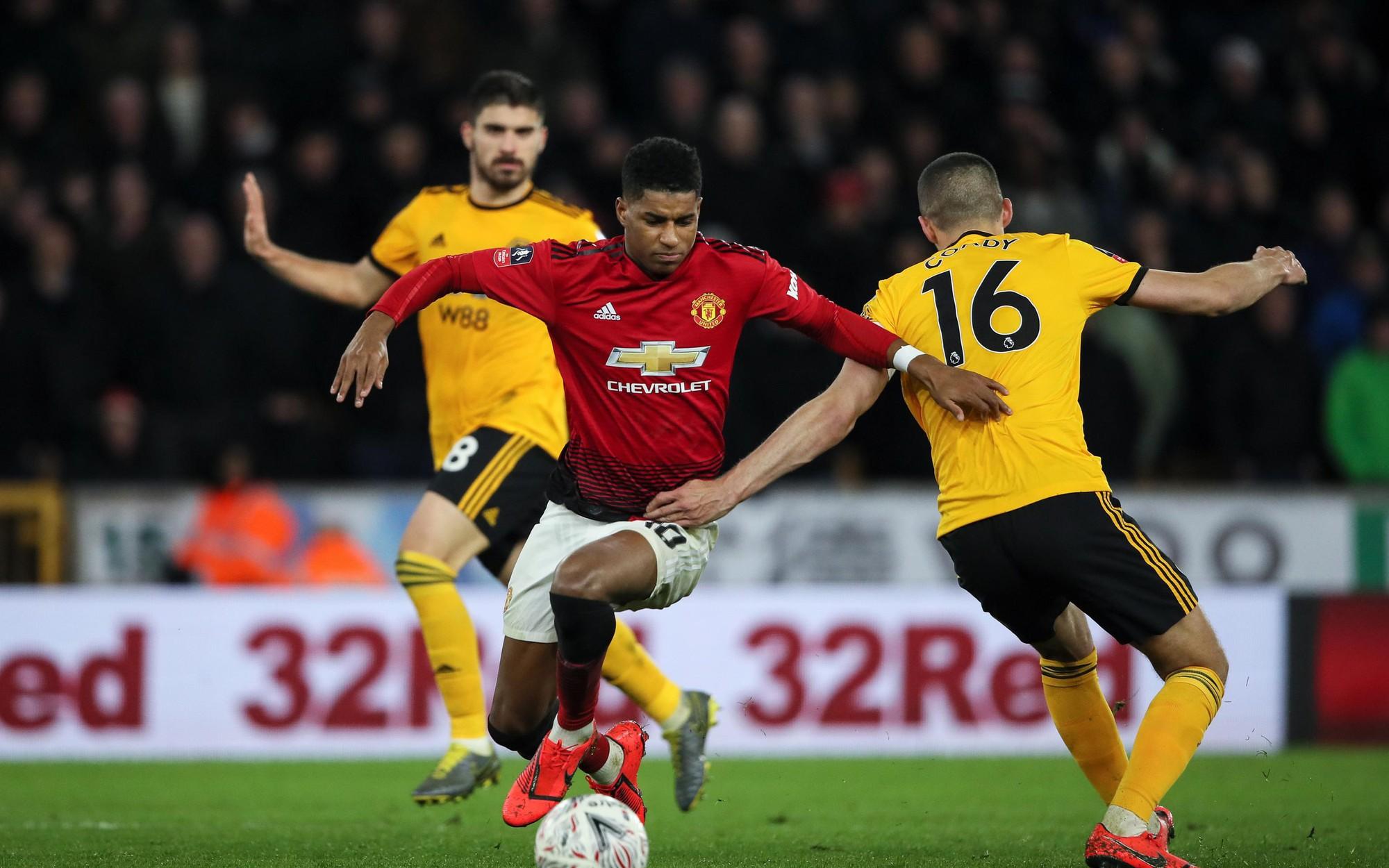 Soi kèo Man Utd vs Wolves, 0h30 ngày 2/2