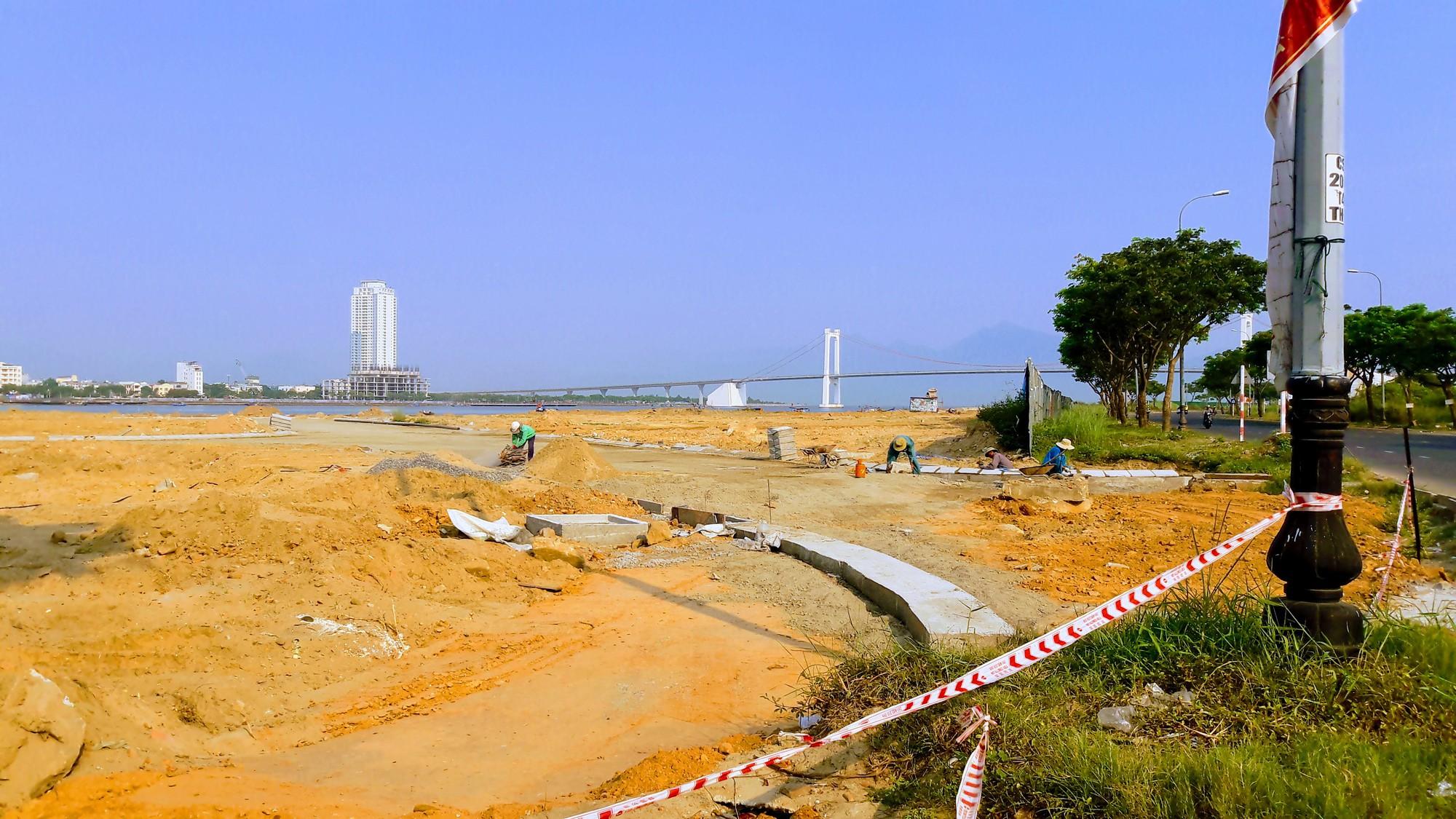 Vụ tạm dừng dự án Marina Complex ở Đà Nẵng: Cận cảnh những công trình, dự án dọc hai bờ sông Hàn hiện nay - Ảnh 11.